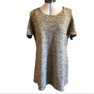 NWT CLEO Cold Shoulder Short Sleeve Gray Top,L